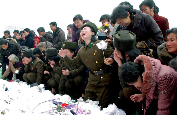 [img]https://jailbreakplato.files.wordpress.com/2012/01/120104-crying-nk-soldiers.jpg[/img]