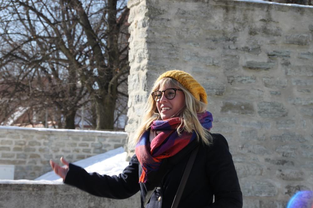 這次 Tallinn walking tour 的導遊,戴著副眼鏡好似小雲!