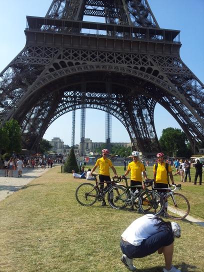 專程飛去巴黎的香港單車迷