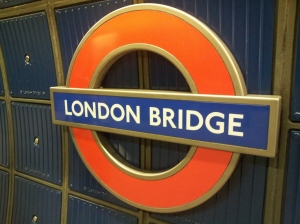 """London Bridge is Falling Down~~~"""