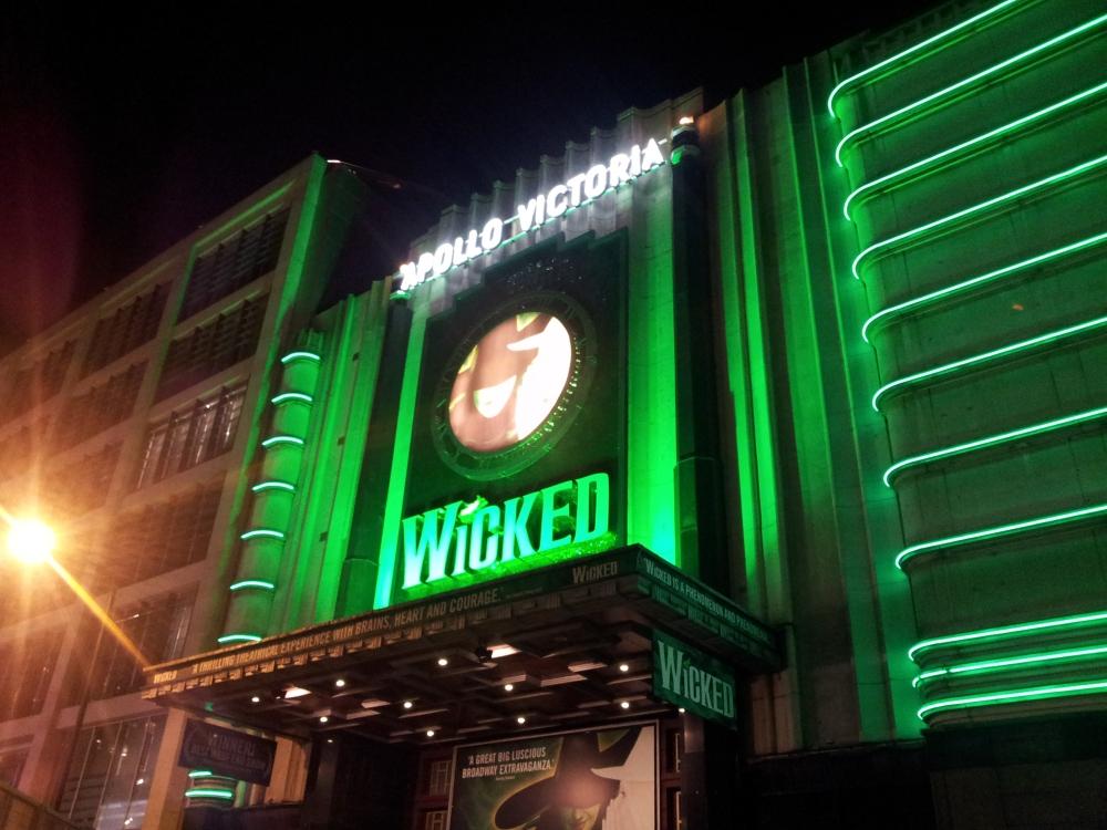 今次去看了 Wicked,幾好睇!