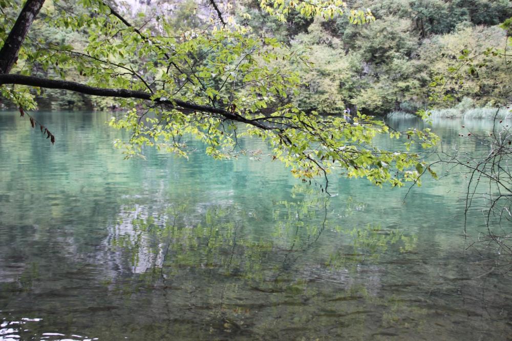 天氣好的時候,湖水更清,倒影照會更靚