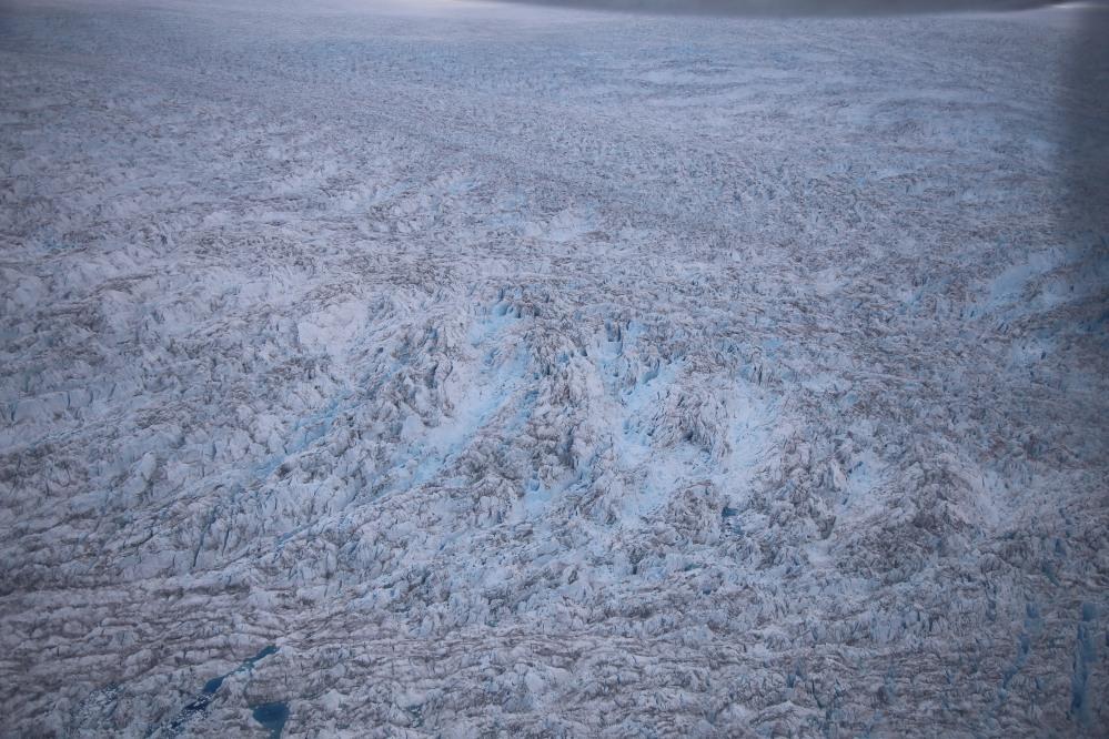 毫無章法的一高高低低冰山谷