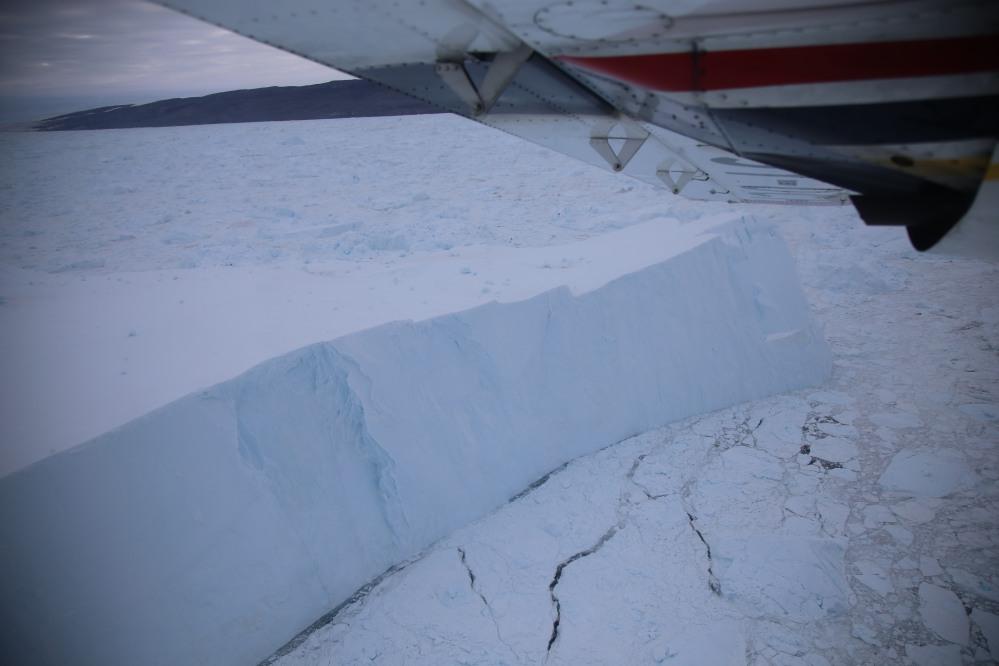伶伶仃仃一片冰做的高原,鶴立「冰」群!